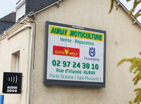 Affichage à Auray